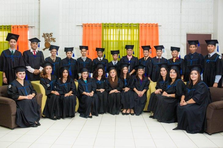BSMGrad SY20152016 Class Photo (3)
